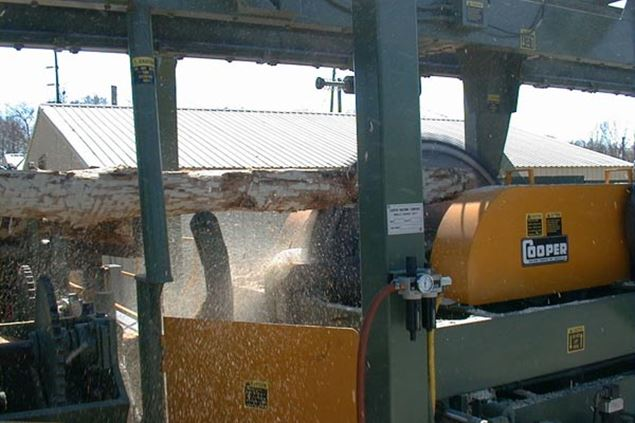 Cooper Machine Conventional Overhead Scragg Mill