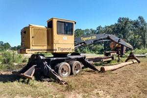 2004 Tigercat 250  Log Loader Knuckleboom