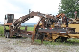 Barko 295  Log Loader Knuckleboom
