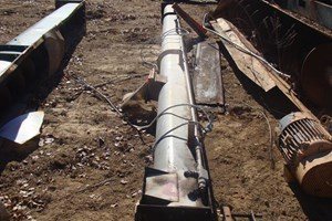 Unknown 25 FT Auger  Conveyor-Auger