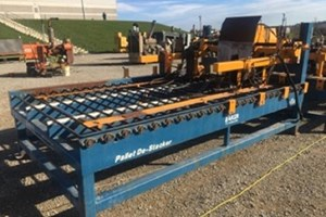 Baker Destacker  Pallet Stacker