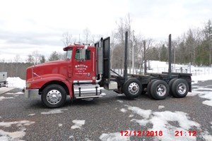 1998 International 9400 Eagle  Truck-Log