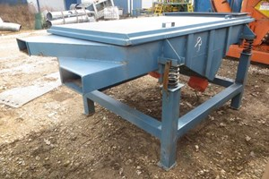 Unknown Table  Conveyor-Vibrating