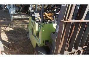 Clark GPS15  Forklift