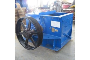 Williams Pulverizer 32  Hogs and Wood Grinders