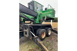 John Deere 437D  Log Loader Knuckleboom