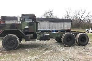BMY 6x6 Setout truck  Trucks-Military