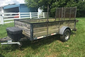 Unknown 5' x 10'  Trailer
