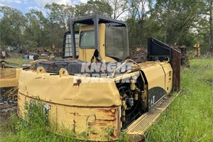 2005 Caterpillar 322B FM  Part and Part Machine