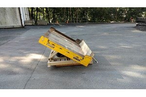 Knight 4000 lbs Tilting Lift Table  Misc