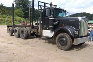 1981 Kenworth W900A  Truck-Log