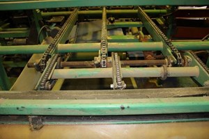 Greenfield Machinery 3 Strand  Conveyor Board Dealing