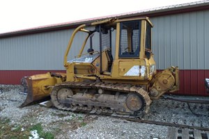 2004 Caterpillar D5G  Dozer